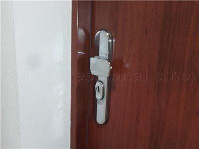 nudzove otvarenie dveri bratislava
