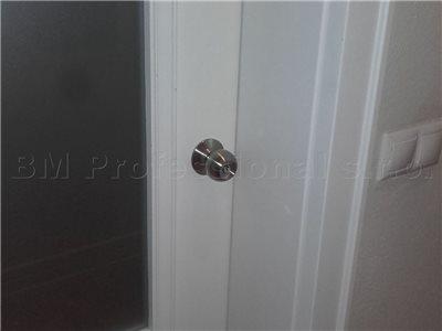 otvorenie dveri s americkou gulou