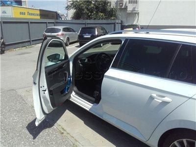 Otvorenie zamknutého auta Škoda Superb