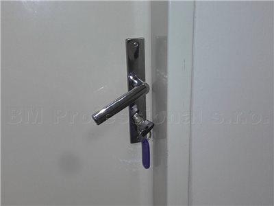 Zaseknutý kľúč v zámku